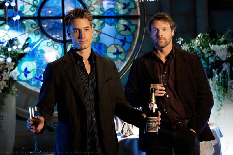 Justin Hartley e Michael Shanks in un momento dell'episodio Icarus di Smallville