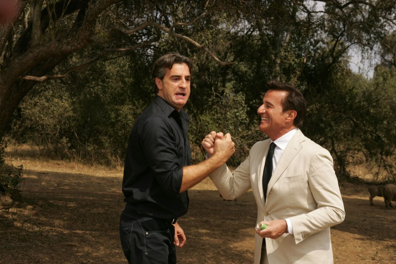 Christian De Sica e Max Tortora nei panni di due fratelli per il film Natale in Sudafrica