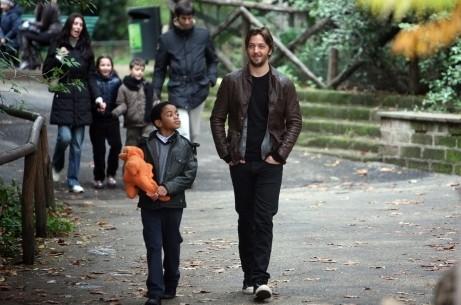 Silvio Muccino con Michael Rainey in una immagine del film Un altro mondo