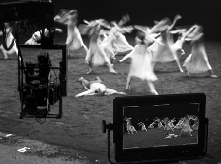 Il set di 'Pina' fotografato da Donata Wenders