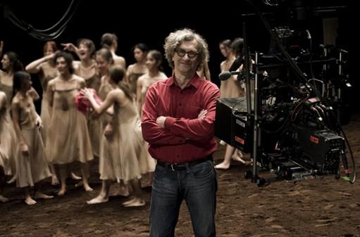 Wim Wenders sul set del coreografico 'Pina'