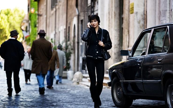Giovanna Di Rauso (Donatella) in una scena dell'ultimo episodio di Romanzo Criminale - La serie