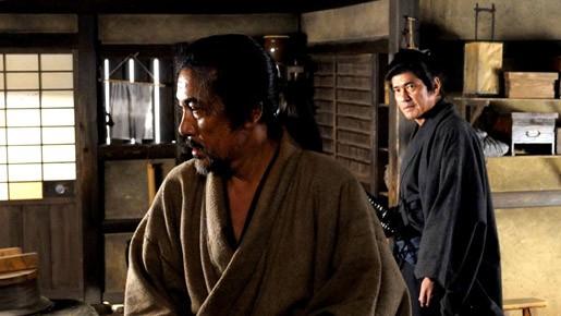 Koji Yakusho duetta con Koichi Sato nel film The Last Chushingura