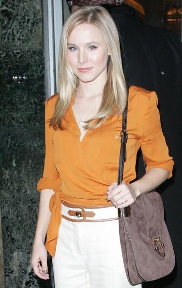 Kristen Bell arriva a Claridges a Londra