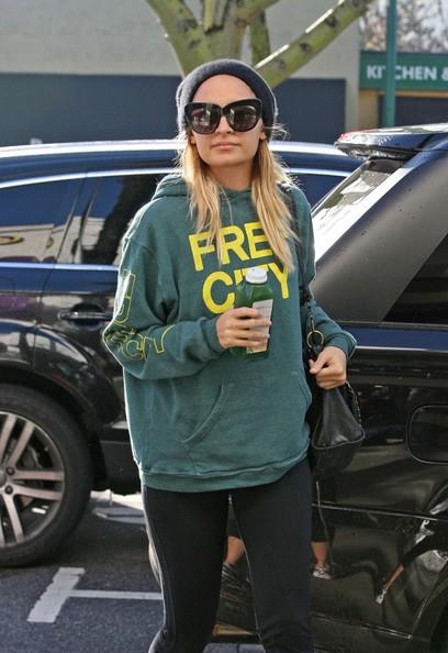 Nicole Richie arriva ad un City Gym Studio con una bottiglia di Aloe Water