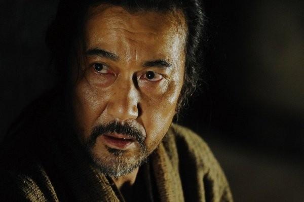 Primo piano di Koji Yakusho dal film The Last Chushingura