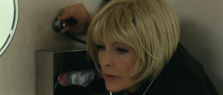 Carole Bouquet in un'immagine del film Libre échange