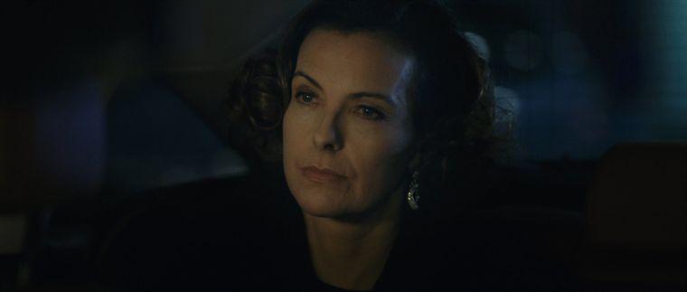 Carole Bouquet in una scena del film Libre échange