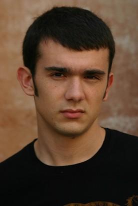 Un ritratto di Marco Iannitello.