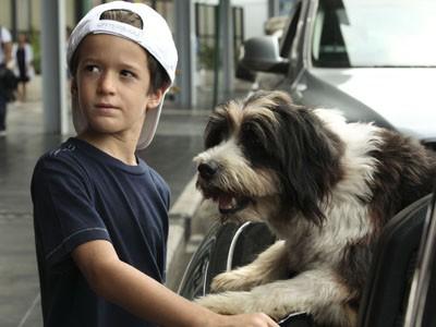 Valerio Base in una scena della fiction Un cane per due