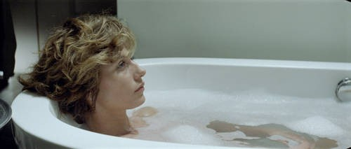 Cécile De France in un'immagine del film Hereafter