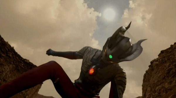 Un momento del film Ultraman Zero The Movie: Super Deciding Fight! The Belial Galactic Empire