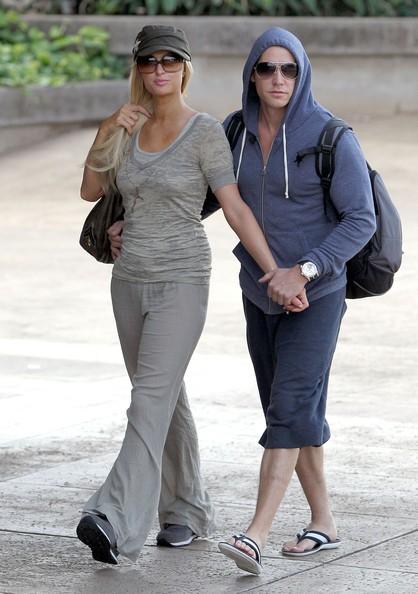 Paris Hilton e Beau Waits Cy arrivano a Maui