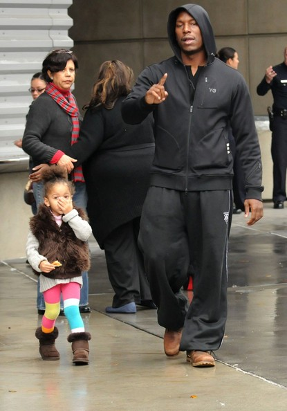 Tyrese Gibson con la figlia, non è contento dei fotografi