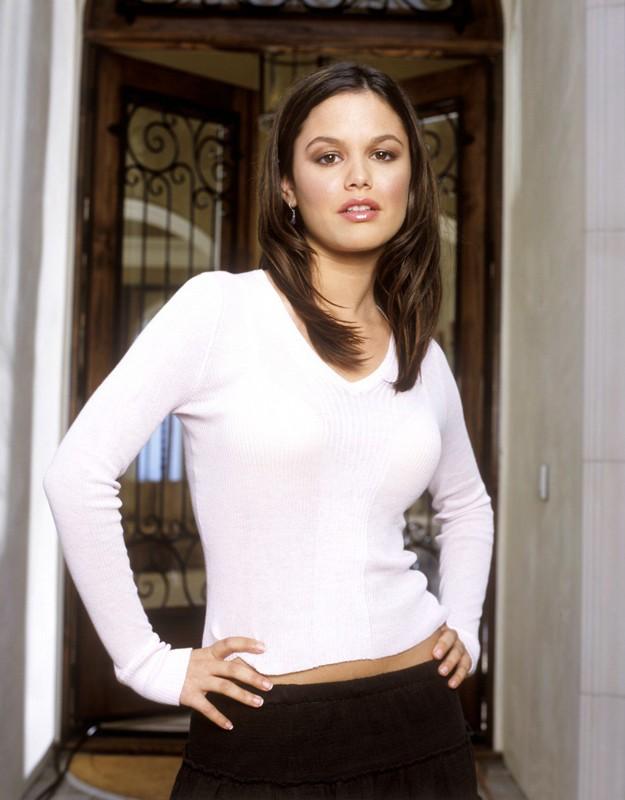 Rachel Bilson in una foto promozionale per la serie tv The O.C.