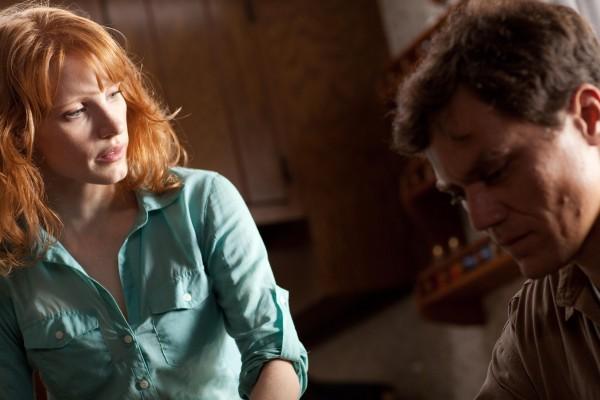 Michael Shannon e Jessica Chastain in un'immagine di Take Shelter