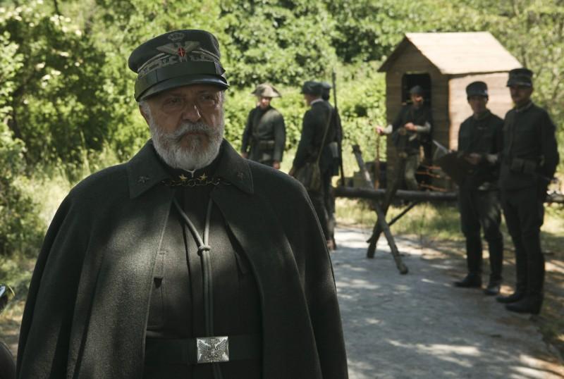 Renato Scarpa nella miniserie Eroi per caso