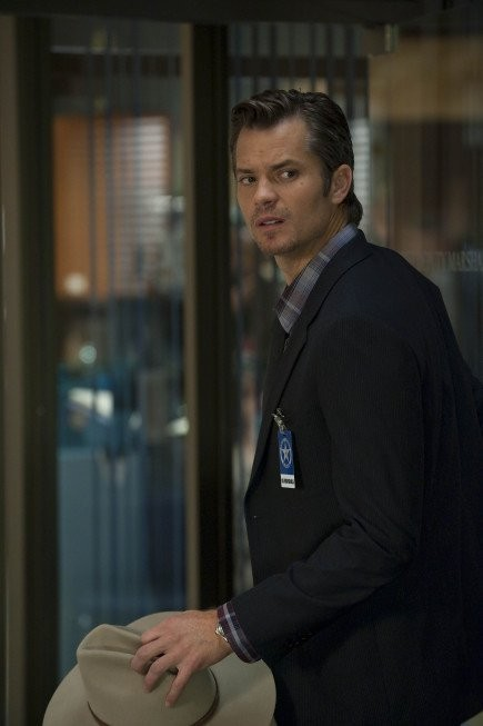 Timothy Olyphant nell'episodio Riverbrook di Justified
