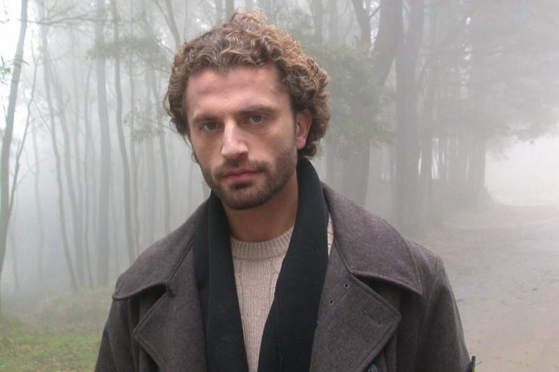 Guido Caprino in una scena del corto Deadline, di Massimo Coglitore