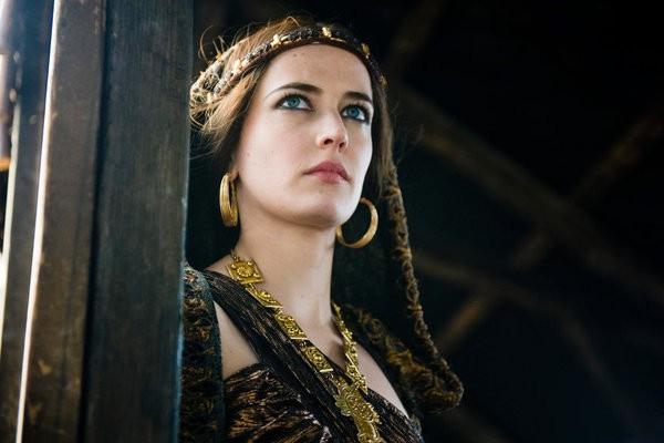 Eva Green nel ruolo di Morgana in Camelot