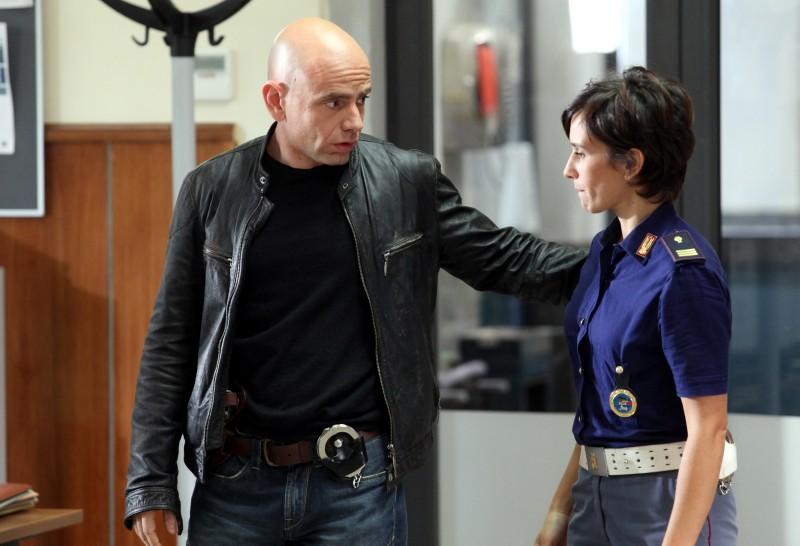 Rolando Ravello e Teresa Saponangelo in un'immagine de La nuova squadra