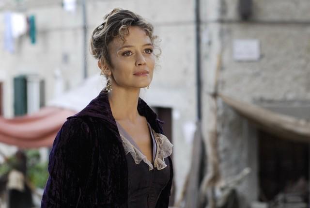 Francesca Cavallin interpreta Sophie nella serie televisiva Rossella