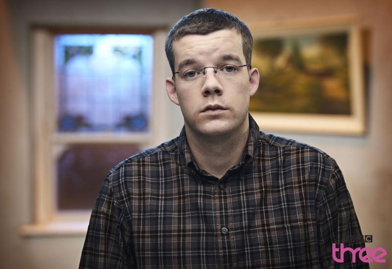 Russell Tovey in una foto promozionale della stagione 3 di Being Human
