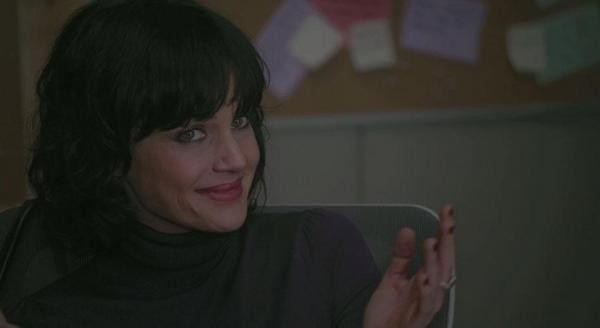 Carla Gugino in una scena del film Every Day
