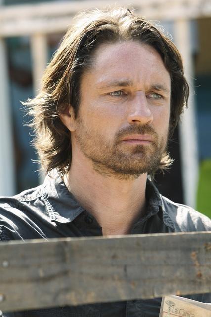 Martin Henderson nell'episodio Smile. Don't Kill Anyone di Off the Map