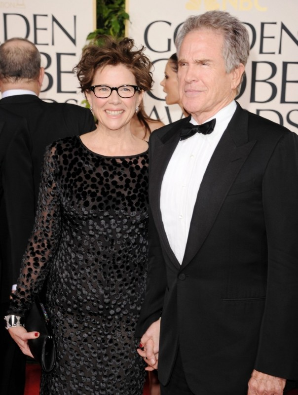 Annette Bening e Warren Beatty sul red carpet dei Golden Globes 2011