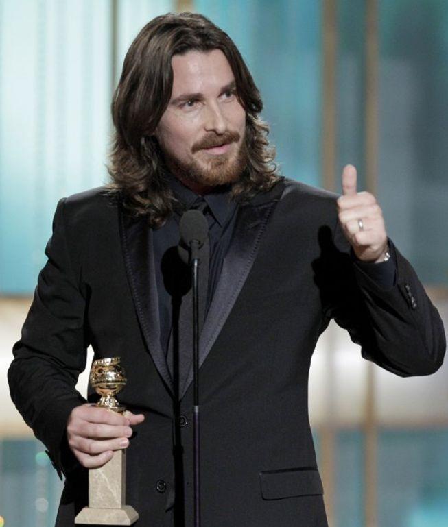 Christian Bale accetta il Globe come migliore attore non protagonista per il film The Fighter