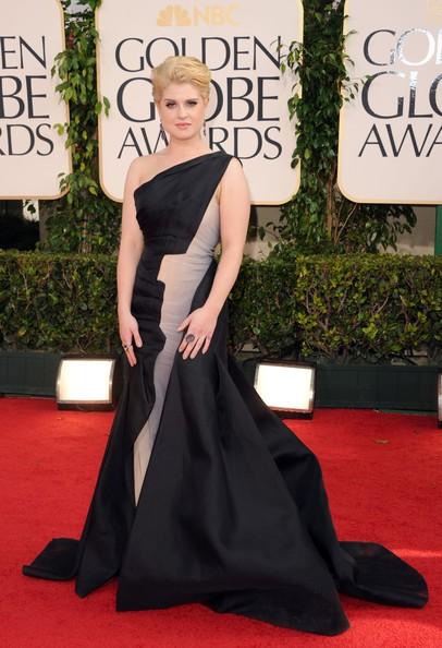 Golden Globes 2011, Kelly Osbourne sul red carpet