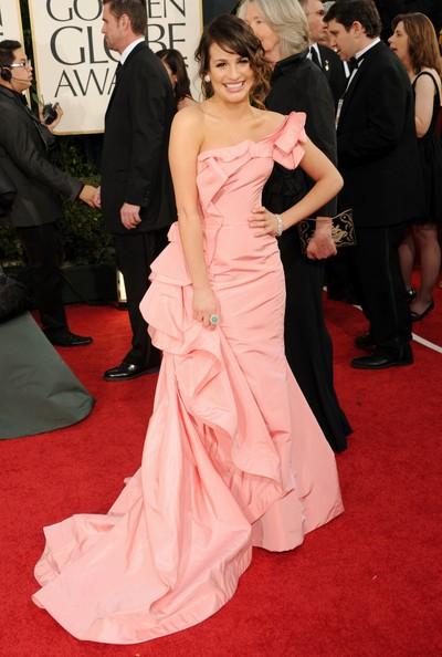 Golden Globes 2011, Lea Michele, bella in rosa sul tappeto rosso