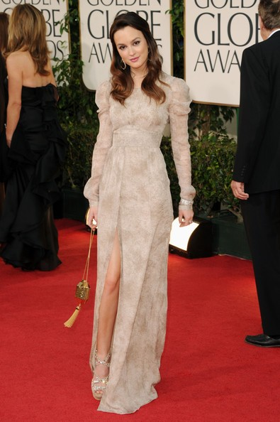 Golden Globes 2011, Leighton Meester sfila sul red carpet