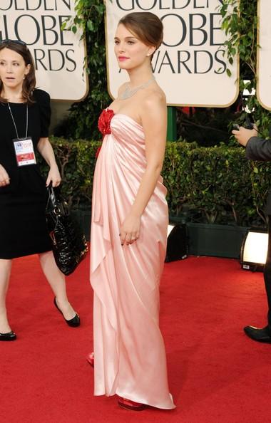 Golden Globes 2011, Natalie Portman: una diva in dolce attesa sul red carpet