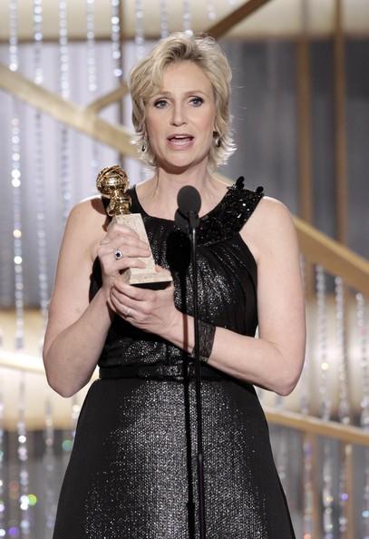 Jane Lynch, migliore attrice non protagonista per una serie (Glee) ai Golden Globes 2011