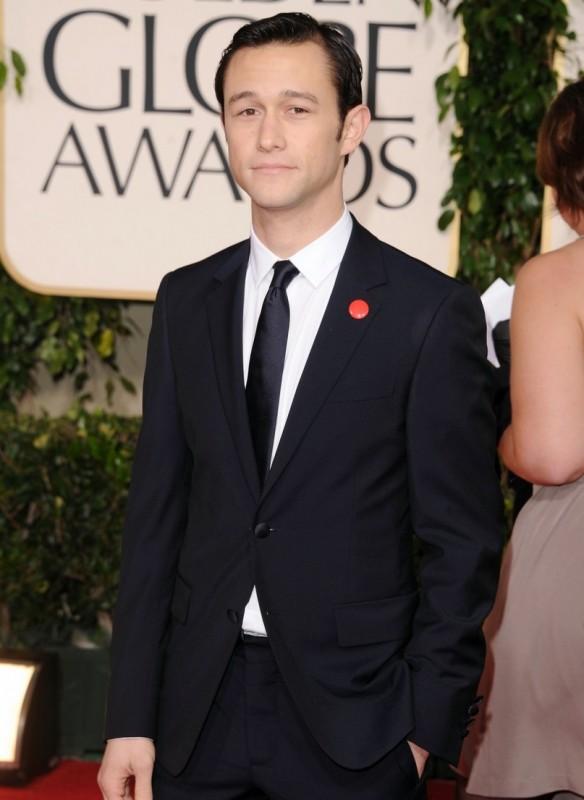 Joseph Gordon-Levitt sul red carpet dei Golden Globes 2011