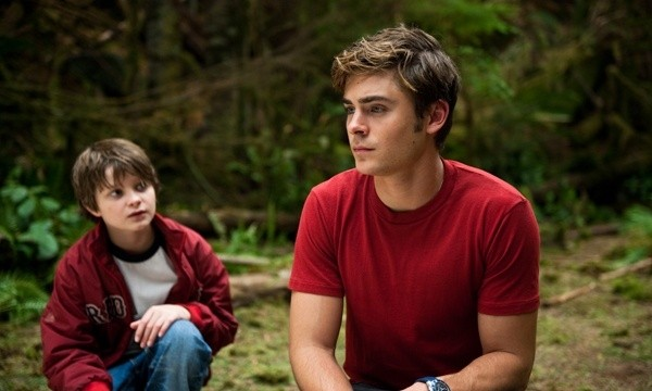Zac Efron e Charlie Tahan in coppia nel film Charlie St. Cloud