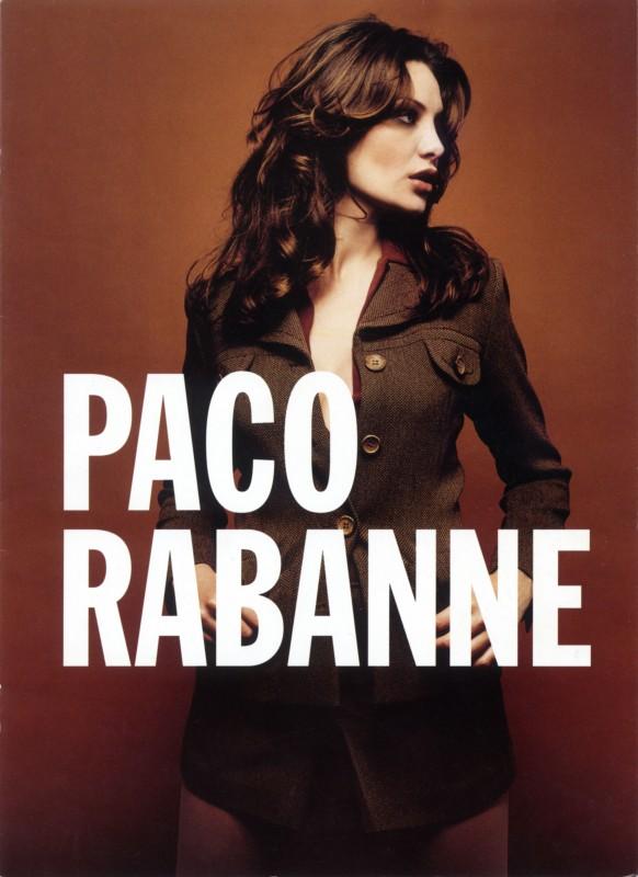 Evelina Manna in posa per Paco Rabanne