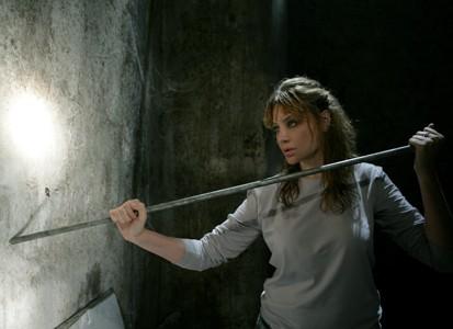 Evelina Manna in una scena de La donna Velata