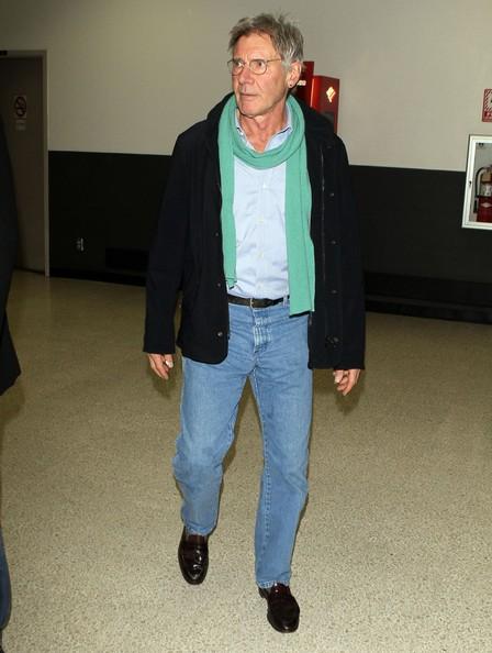 Harrison Ford arriva all'aeroporto di Los Angeles