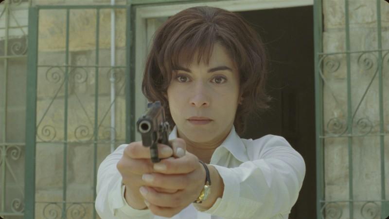 Lubna Azabal in un intenso primo piano tratto dal film La donna che canta con