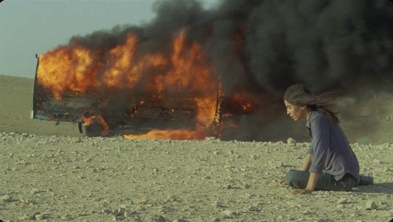 Una tragica immagine del film La donna che canta con Lubna Azabal