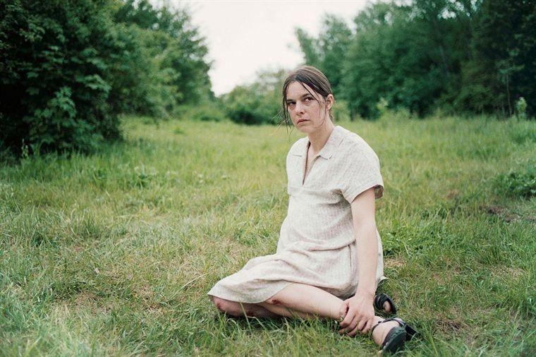 Annika Kuhl nel film Blessed Events
