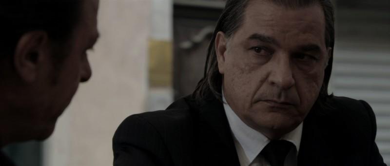 Gérard Meylan in una scena del film Le Thanato