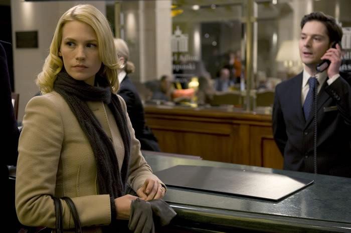 January Jones in una scena del film Unknown, diretto da Jaume Collet-Serra