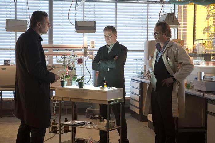 Liam Neeson, Sebastian Koch e Aidan Quinn in Unknown di Jaume Collet-Serra