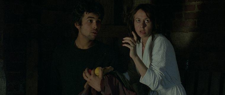 Vasil Vivitz Grecu e Valérie Bonneton nel film Propriété interdite