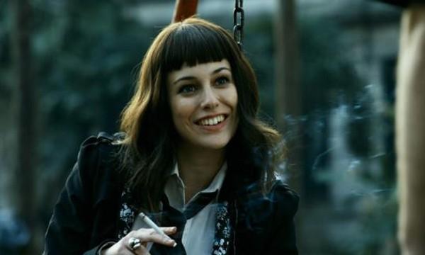 Blanca Suárez nel film Carne de neón