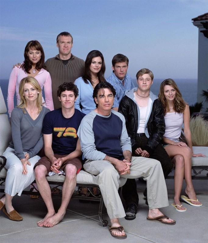 Uno scatto promo del cast della stagione uno di The O.C.